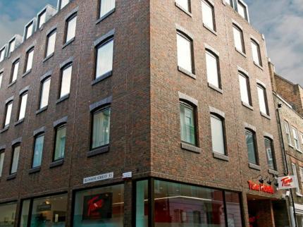 Tune Hotel : Liverpool Street, London