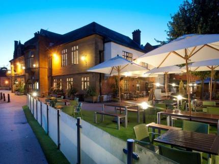 The Kings Head Inn, Salisbury - a JD Wetherspoon Hotel