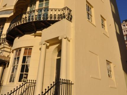 Landseer House - Beautiful Central Seafront Apartment (sleeps 4) in Brighton