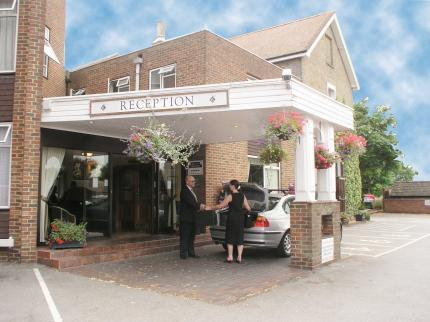 The Roebuck Hotel - a Forestdale Hotel in Ware
