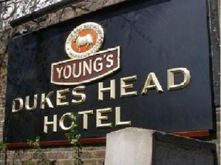 Dukes Head Hotel in WALLINGTON
