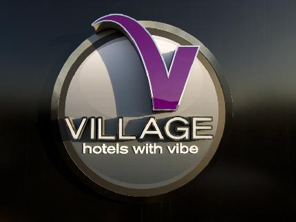 VILLAGE URBAN RESORT Leeds North in Leeds